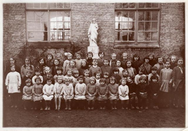 Moulle photo classe 1932-1933 Bodart Zélie