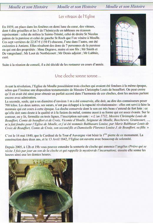 La cloche et les vitraux